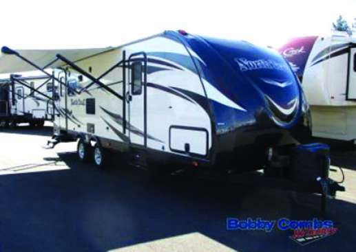 USED 2015 HEARTLAND NORTH TRAIL 26LRSS KING