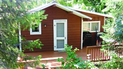 TWIN LAKES CABIN FOR SALE