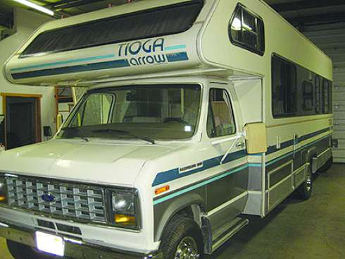 LOW COST, QUALITY OLDER MOTOR HOME.